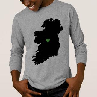 Camiseta Mapa do coração irlandês do verde do orgulho de