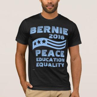 Camiseta Máquinas de lixar de Bernie do voto para o