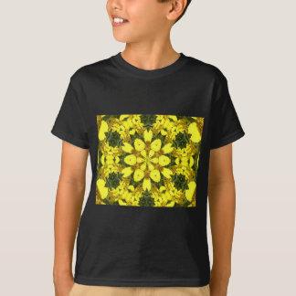 Camiseta margaridas abstratas florais amarelas do design