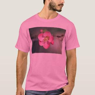 Camiseta Marmelo de florescência cor-de-rosa perfeito