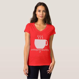 Camiseta Mayniax que marca o vermelho das mulheres de