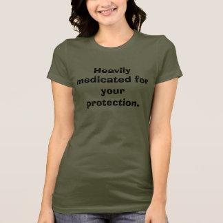 Camiseta Medicado pesadamente para sua proteção