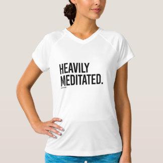 Camiseta Meditated pesadamente - .png