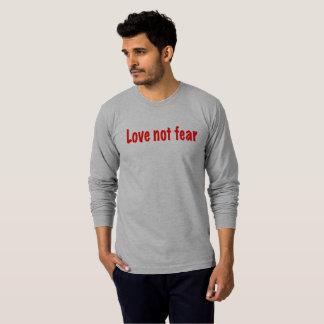 Camiseta Medo do amor não