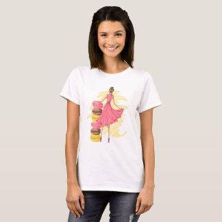 Camiseta Menina com rosa de Macarons