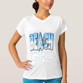 Camiseta Menina da praia no azul e no branco de oceano