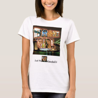 Camiseta Menina de Bronx/apenas loucos/AlexdaDJ