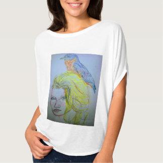 Camiseta Menina e pássaro