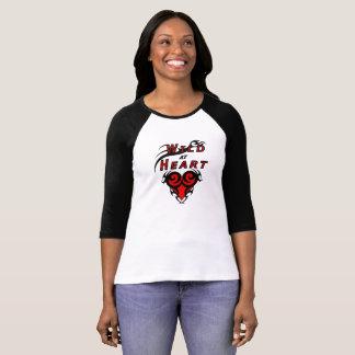 Camiseta Menina selvagem no amor tribal do coração