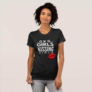 Camiseta Meninas do orgulho gay LGBTQ que beijam o t-shirt
