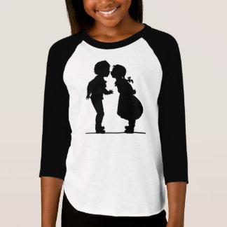 Camiseta Menino e menina românticos do casal da silhueta do