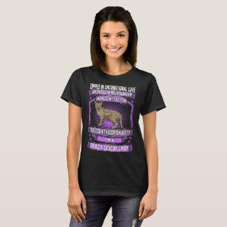 Camiseta Mergulhado na senhora louca T de Ocicat do amor