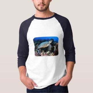 Camiseta Mergulho com tartarugas
