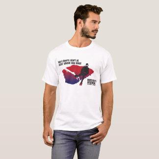 Camiseta Mergulho real dos mergulhadores na altura