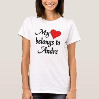 Camiseta Meu coração pertence a Andre