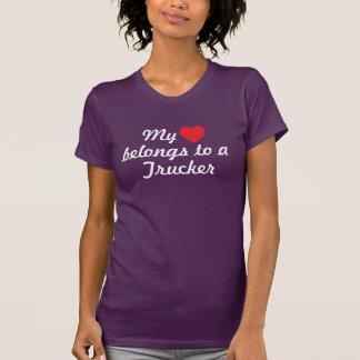 Camiseta Meu coração pertence a um camionista
