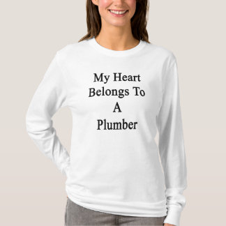 Camiseta Meu coração pertence a um canalizador
