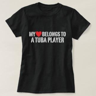 Camiseta Meu coração pertence a um jogador da tuba