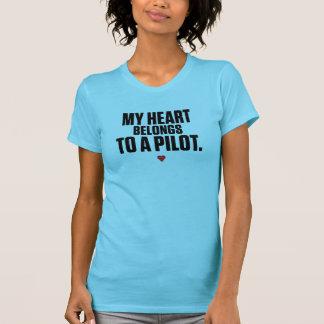 Camiseta Meu coração pertence a um piloto