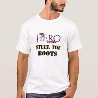 Camiseta Meu herói veste o dedo do pé do aço da bota da