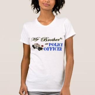 Camiseta Meu irmão é um agente da polícia