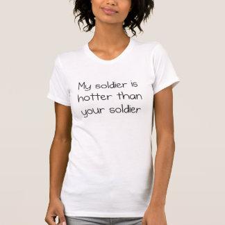 Camiseta Meu soldado está mais quente do que seu soldado