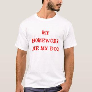 Camiseta Meus trabalhos de casa comeram meu cão