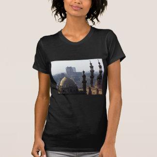 Camiseta Minaretes panorama de mesquita Cairo
