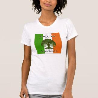"""Camiseta """"Minha árvore genealógica tem tshirt das raizes"""