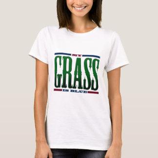 """Camiseta """"Minha grama é azul """""""