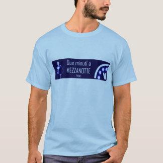 Camiseta Minuti devido um t-shirt do oficial de Mezzanotte