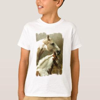 Camiseta Modelo vertical do t-shirt dos miúdos -