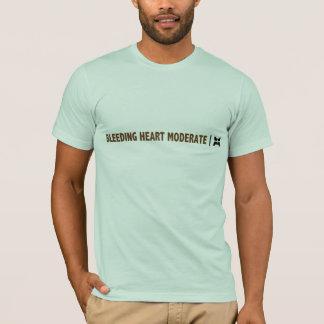 Camiseta Moderate do coração de sangramento