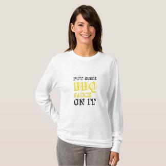 Camiseta Molho de assado do churrasco nele que grelha o