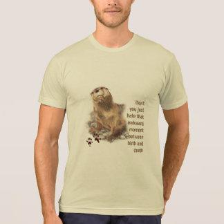 Camiseta Momento inábil entre o nascimento & o animal das