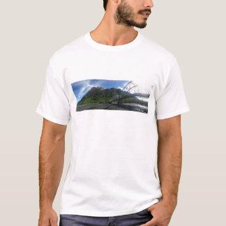 Camiseta Montada na luz do dia infinita do verão