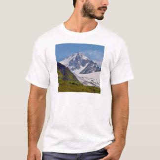 Camiseta Montanha em Charamillon