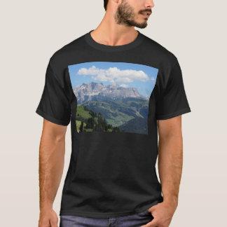 Camiseta Mountain View das dolomites italianas no verão
