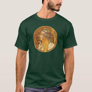 Camiseta Mucha - mulher com jóias - arte do vintage