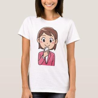 Camiseta Mulher com Smartphone