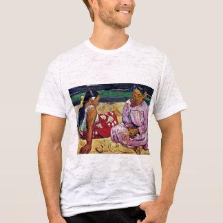 Camiseta Mulheres de Tahitian na praia por Paul Gauguin