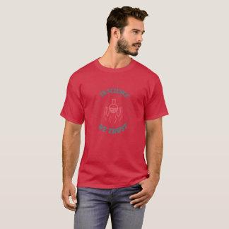 Camiseta Na ciência nós confiamos o t-shirt