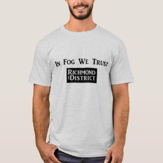 Camiseta Na névoa nós confiamos - o T dos homens