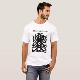 Camiseta Nada é o que parece! Design urbano e tribal