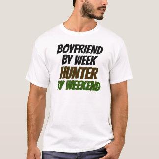 Camiseta Namorado pelo caçador da semana em o fim de semana