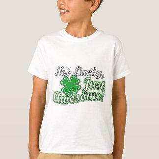 Camiseta Nao afortunado, apenas impressionante