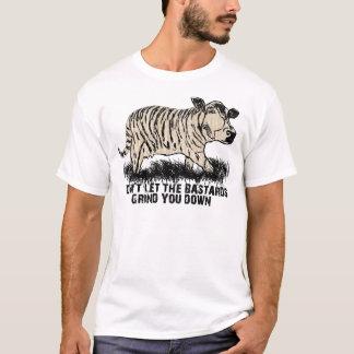 Camiseta não deixe os bastardos mmoê-lo para baixo