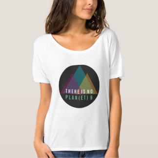 Camiseta Não há nenhum TShirt da montanha do planeta B