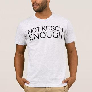 Camiseta não kitsch bastante