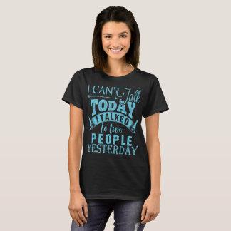 Camiseta Não pode falar hoje Introverts o t-shirt